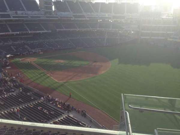 PETCO Park, section: 323, row: 10, seat: 16