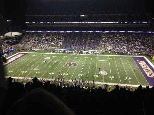 Husky Stadium, section: 328, row: 34, seat: 3