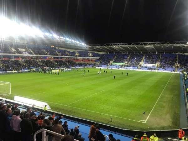 Madejski Stadium, seat: 46