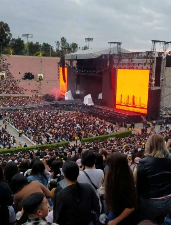 Rose Bowl, section: 18-H, row: 55, seat: 110