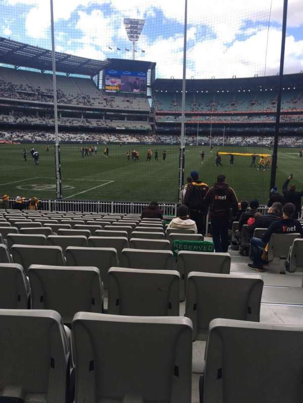 Melbourne Cricket Ground, section: M32, row: O, seat: 2