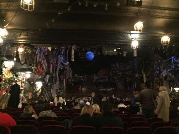 Neil Simon Theatre, section: Orchestra, row: T, seat: 15