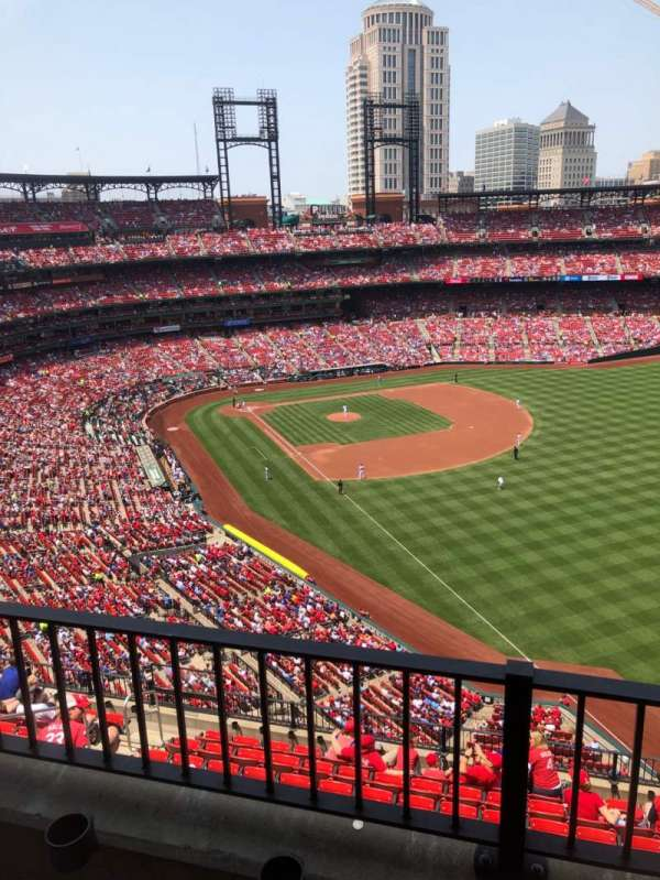 Busch Stadium, section: 432, row: 2, seat: 13
