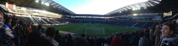 Stadium MK, section: 32, row: R, seat: 917