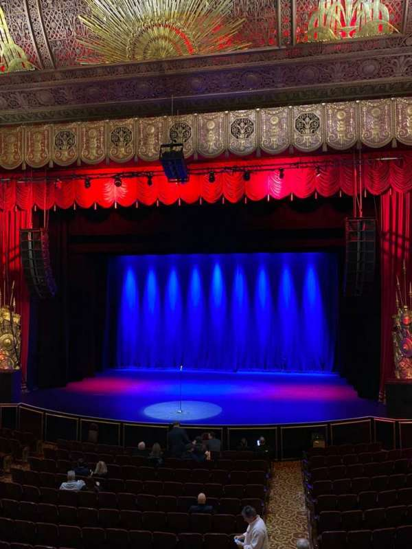 Beacon Theatre, section: Loge 2, row: A, seat: 2