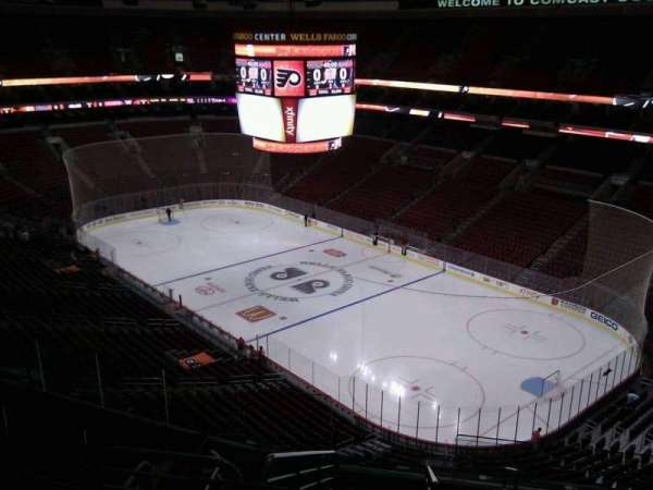 Wells Fargo Center, section: 204a, row: 10, seat: 17