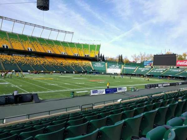 Commonwealth Stadium (Edmonton), section: v, row: 10, seat: 12