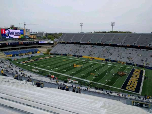 Mountaineer Field, section: 220, row: 28, seat: 28
