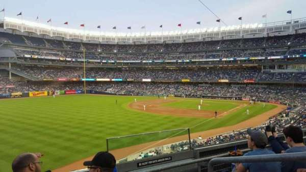 Yankee Stadium, section: 231, row: 3, seat: 2