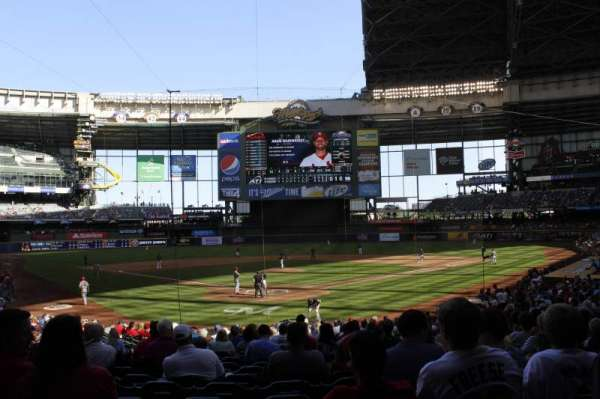 Miller Park, section: 117, row: 24, seat: 6