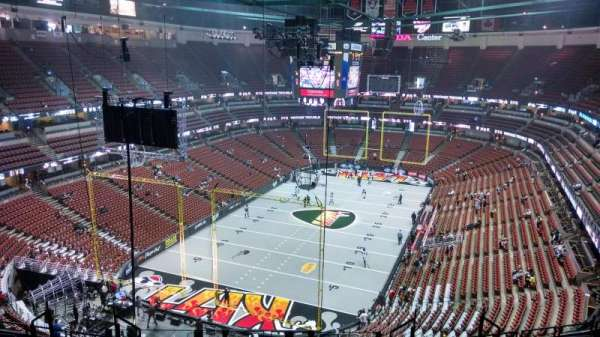 Honda Center, section: 421, row: M, seat: 8