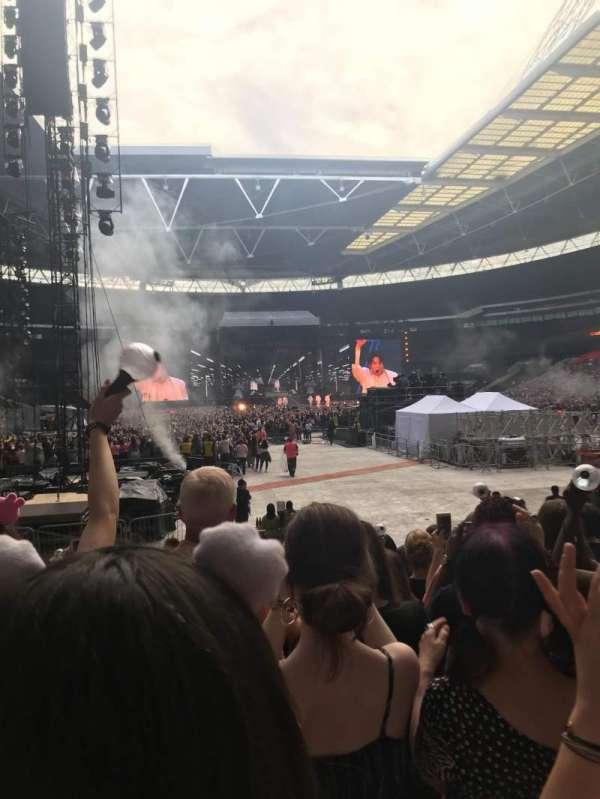Wembley Stadium, section: 113, row: 14, seat: 32
