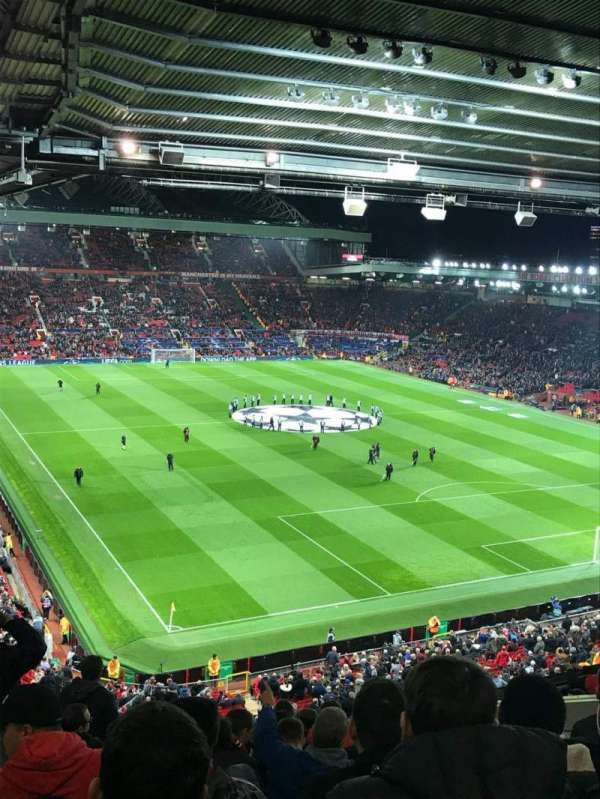 Old Trafford, section: Nw, row: HH, seat: 7