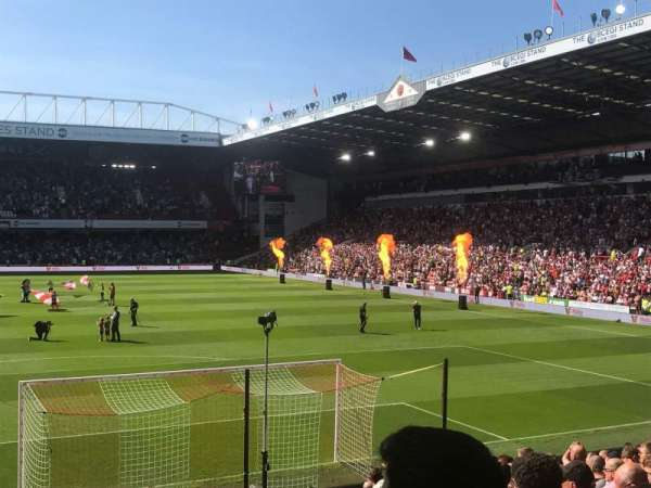 Bramall Lane, section: Kop, row: Q, seat: 84