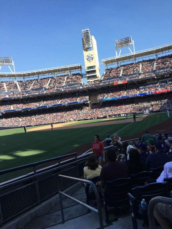 PETCO Park, section: 124, row: 15, seat: 2