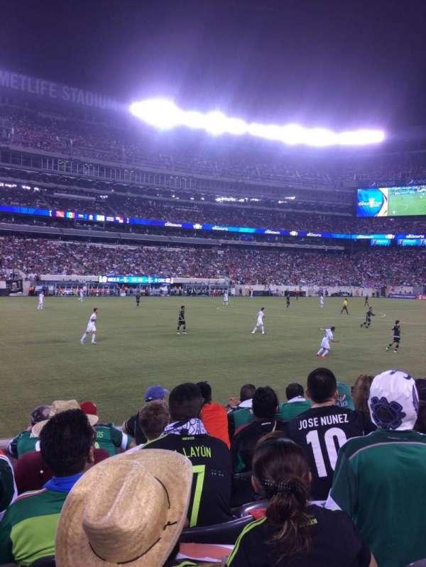 MetLife Stadium, section: 116, row: 6, seat: 15-16