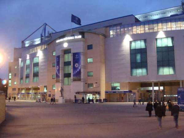 Stamford Bridge, section: Outside
