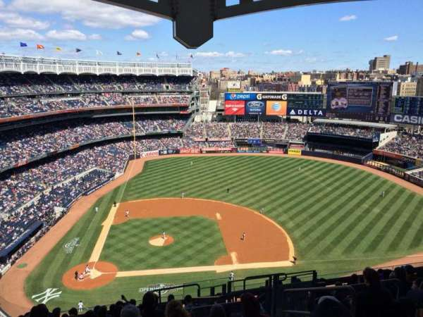 Yankee Stadium, section: 417, row: 12, seat: 6