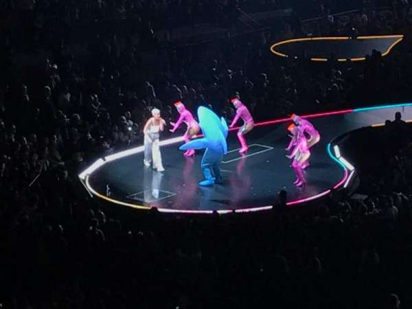 Madison Square Garden, section: 207, row: 1, seat: 6
