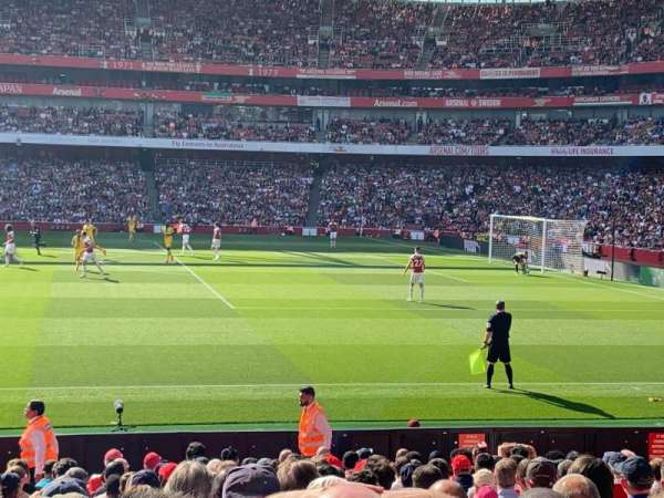 Emirates Stadium, section: 16, row: 27, seat: 499