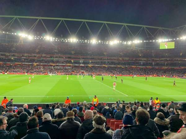 Emirates Stadium, section: 17, row: 17, seat: 528