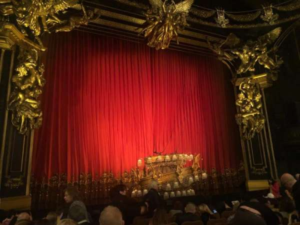 Majestic Theatre, section: Orchestra L, row: H, seat: 3