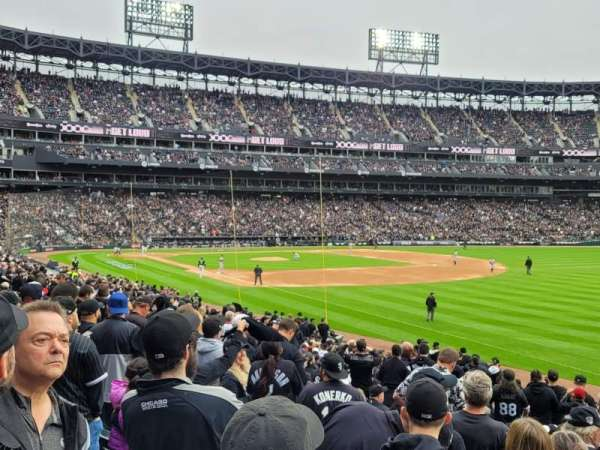 Guaranteed Rate Field, section: 113, row: 24, seat: 6