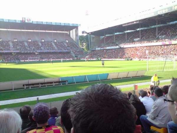 Stade Bollaert-Delelis, section: Delacourt niveau 0, row: 11, seat: 21
