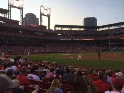 Busch Stadium, section: 140D, row: M, seat: 9