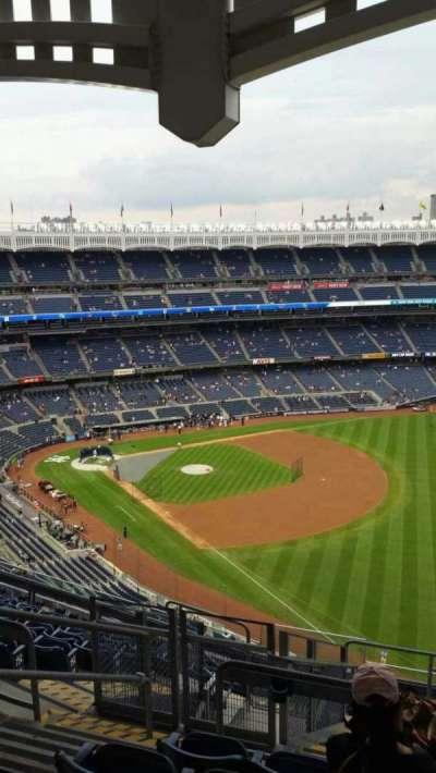 Yankee Stadium, section: 409, row: 11, seat: 20