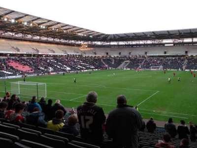 Stadium:mk, section: 30, row: Y, seat: 857