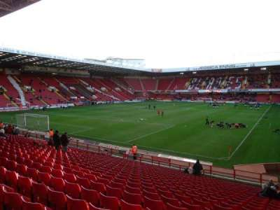 Bramall Lane, section: Kop Stand Gangway G, row: Y, seat: 182