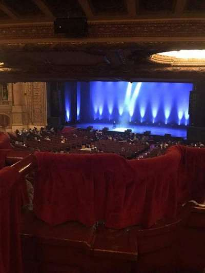 Chicago Theatre, section: Box, row: J3, seat: 4