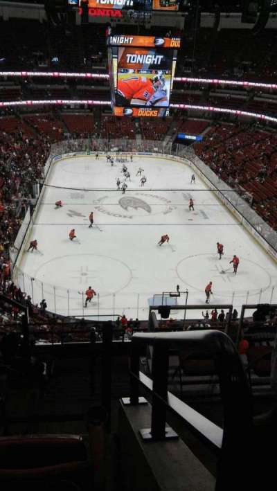 Honda Center, section: 444 or 401, row: F