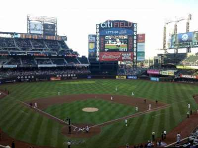 Citi Field, section: 318, row: 3