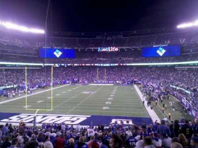MetLife Stadium, section: 124, row: 37