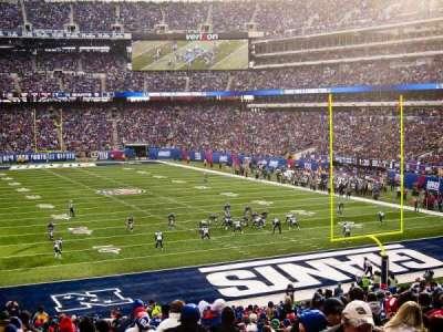 MetLife Stadium, section: 104, row: 34