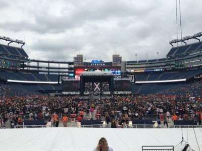 Gillette Stadium, section: 143, row: 10, seat: 4