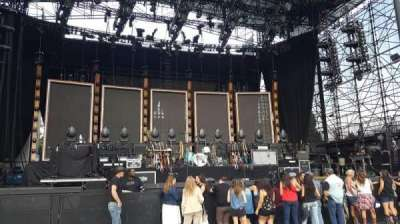 Irvine Meadows Amphitheatre, section: Orchestra 2, row: B, seat: 215
