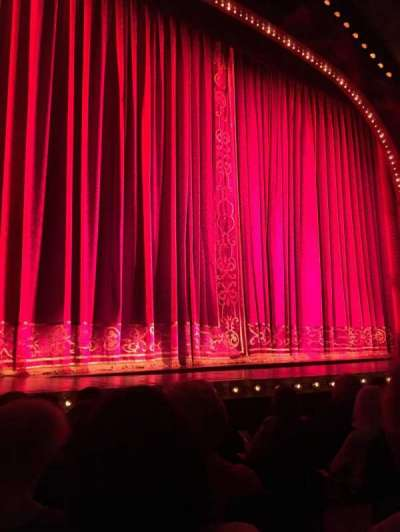 Shubert Theatre, section: Orchestra, row: F, seat: 5