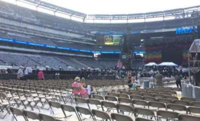MetLife Stadium, section: 9, row: 19, seat: 10