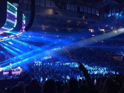 American Airlines Center, section: 121, row: V, seat: 4