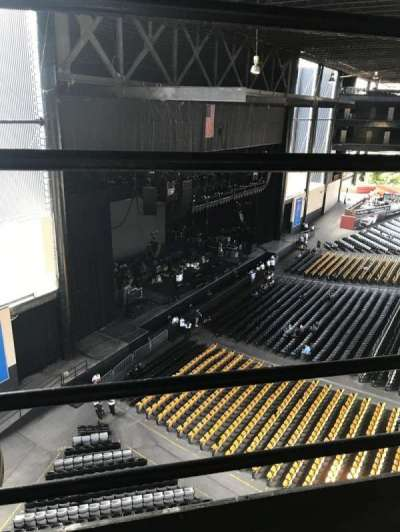 Hollywood Casino Amphitheatre (Tinley Park), section: 329, row: 1, seat: 1