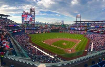 Citizens Bank Park, section: 322, row: 3, seat: 12