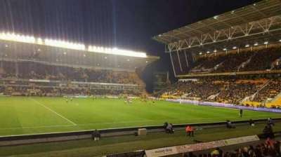 Molineux Stadium, section: JL6, row: M, seat: 167