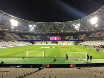 London Stadium, section: 152, row: 22