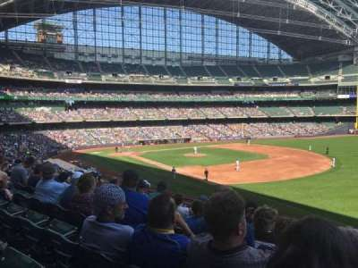 Miller Park, section: 209, row: 7, seat: 17