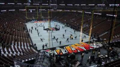 Honda Center, section: 426, row: M, seat: 8