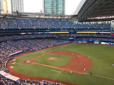 Rogers Centre, section: 516, row: 1