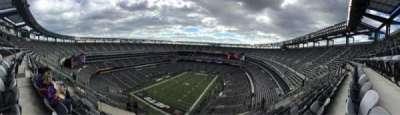 Metlife Stadium, section: 417, row: 18, seat: 17